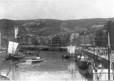 Muelles de La Sendeja y el Arenal 1900