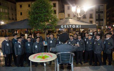 Garaizarko Matsorriak celebrando la 53º  Fiesta de los Txikiteros –