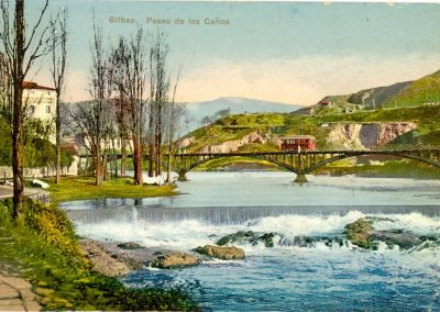 Paseo de los Caños - La Peña